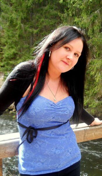 Leticia, 36 cherche une relation non suivie