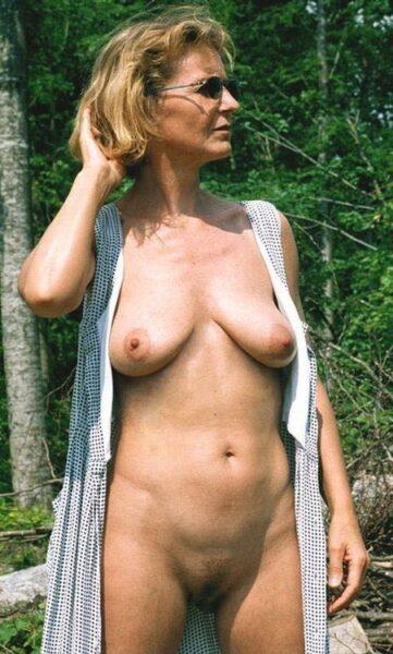 Kathleen, 52 cherche un plan sexe suivi