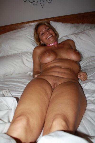 Antonia cherche un plan sexe très rapidement