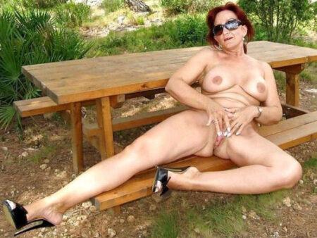 Danae, 56 cherche une rencontre