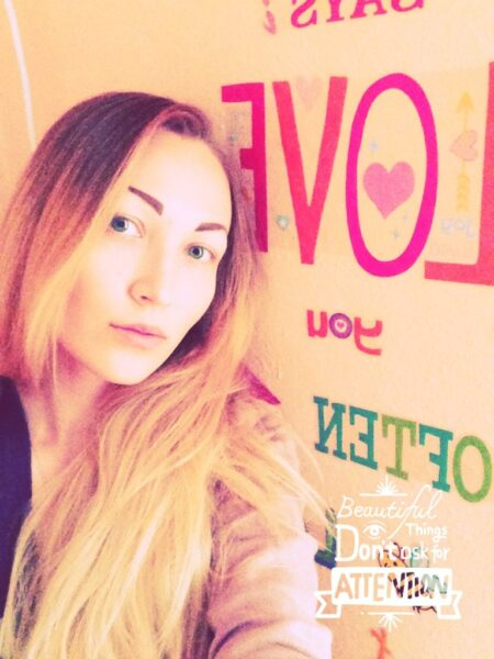 rencontre sexe avec Cynthia, chienne solitaire a Bourges